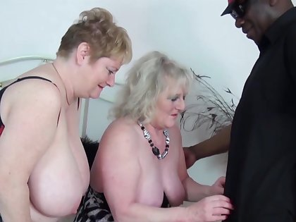 Interracial FFM triad with Claire Knight and Fiona Knight