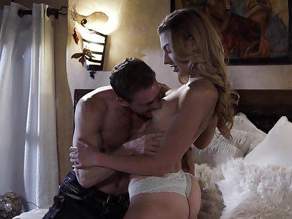 Having seduced ranch dude slutty Alexa Grace enjoys pussy licking