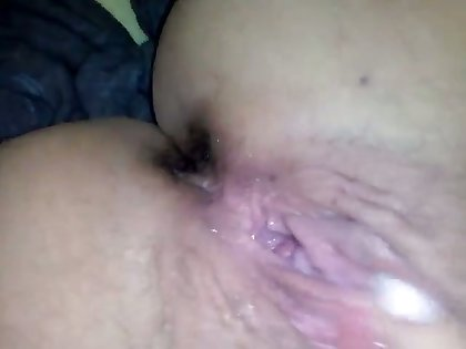 Masturbating while fantasizing about another woman makes me feel so good