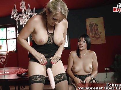 German housewifes at anal lesbian masturbation