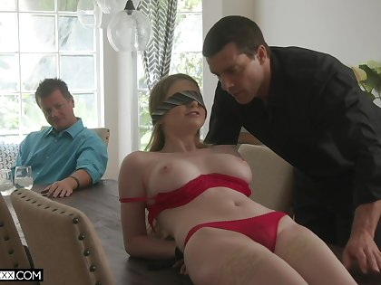 Professional fucker bangs young wifey Bunny Colby in front of their way elder husband