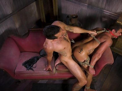 Hottest gay BDSM session with Draven Navarro and Brian Adams