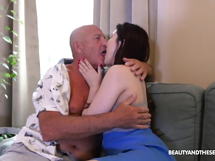 Old challenge licks babe's cunt onwards fucking her restless