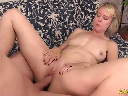 Golden Slut - Missionary Fucking With an Older Unspecified Compilation