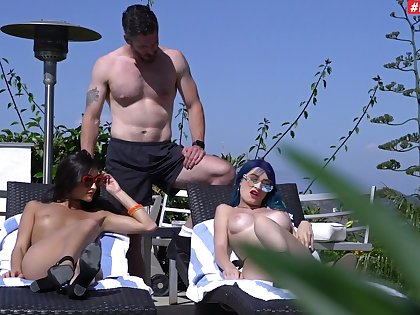 Coition by the lake in wonderful amateur threesome