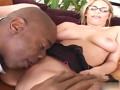 Hot Babe Blond Hair Lady Lain Oi Gets The Big Black Cock - school